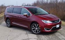 Review 2017 Chrysler Pacifica Limited Canadian Auto Review