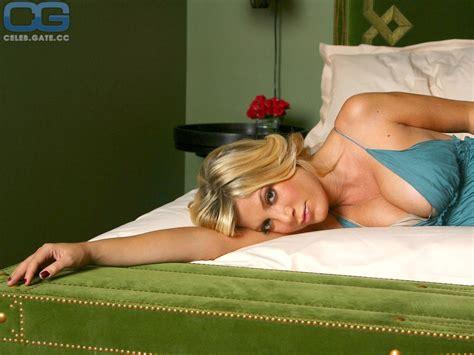 Manuela Widman Nude