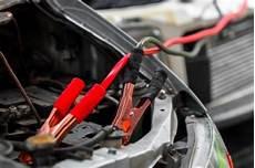 Charger Une Batterie De Voiture Astuces Pratiques