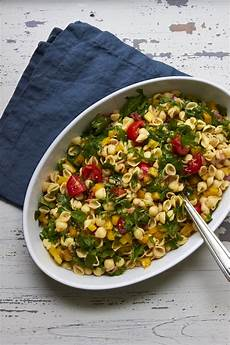 simple vegetarian pasta salad the mom 100