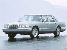 blue book value for used cars 2000 lincoln town car free book repair manuals used 1993 lincoln town car signature sedan 4d pricing kelley blue book