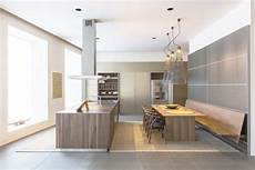 cucine a muro moderne island c3 table and wall hung bench bulthaup kitchens