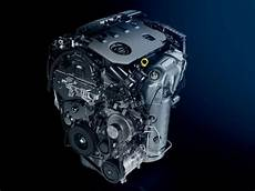Peugeot 308 New Car Showroom Hatchback Technology