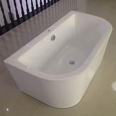 badewanne freistehend an wand gegen die wand badewanne freistehende acryl badewanne