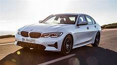 2020 Bmw 330e Review Driving The Un Hybrid Motortrend