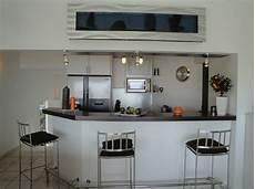 cuisine style bar cuisine avec bar en styles vari 233 s pour un int 233 rieur convivial