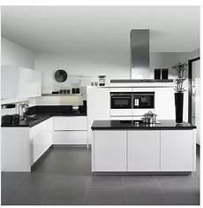 küchen schwarz weiss wei 223 schwarz und wei 223 so nicht whte and black kitchen in