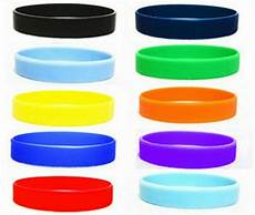 Color Band Silicone by New 2pcs Assorted Solid Colors Silicone Wristbands Wrist