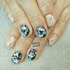 36 easy and elegant flower nail art design flower nail