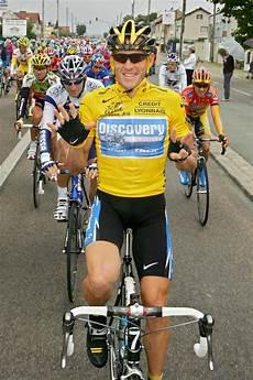 Usada Erases Lance Armstrong S Career Including 7 Tour De