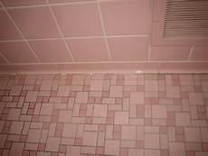 Alte Bodenfliesen Neu Gestalten - 40 vintage pink bathroom tile ideas and pictures 2019