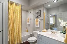 Grey Yellow Bathroom Ideas by Trendy And Refreshing Gray And Yellow Bathrooms That Delight