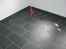 vinylboden auf fliesen verlegen klick vinyl auf fliesen mm verlegen fussbodenheizung von