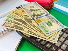 dollarbanknoten unter stockbild bild kontrolle