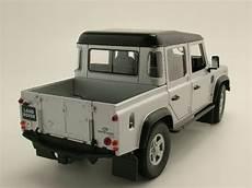 Land Rover Defender 110 Doppelkabine Up Silber