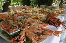 il banchetto catering buffet di pesce per il banchetto nuziale cast
