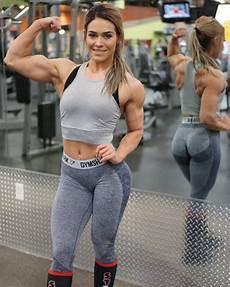 woman fitness model beauty and her monstrous strength fitness model cassandra