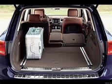 vw touareg kofferraum 2011 volkswagen touareg trunk interior view