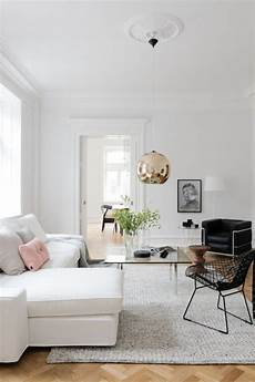 Living Room Minimalist Home Decor Ideas by Chic Minimalist Family Living Room With A White Sectional