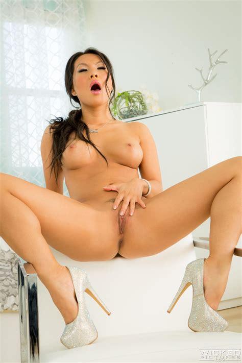 Asa Akira Naked