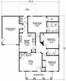 3 bedroom country house plans three bedroom country hwbdo73656 country house plan