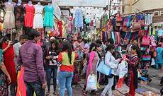 eid al fitr 2017 india to welcome 1 50 000 shoppers
