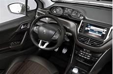 usado peugeot 2008 thp flex oferece 231 227 o por pre 231 o de hatch compacto auto esporte not 237 cias