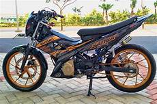 Modifikasi Fu Simple by 4 Aliran Modifikasi Motor Satria Fu Paling Populer Di