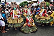 know all about kerala traditional 7 most popular festivals in kerala
