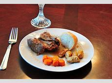 How to Cook Boneless Beef Chuck Pot Roast (with Pictures