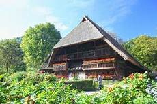 freilichtmuseum vogtsbauernhof im schwarzwald mamilade