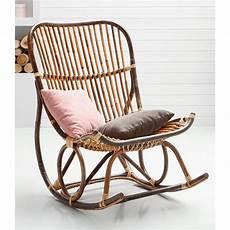 chaise a bascule rotin