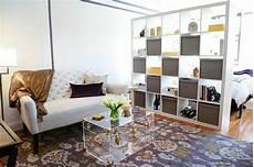 Arbeitsecke Im Wohnzimmer - moderne ideen zur optischen trennung durch regal