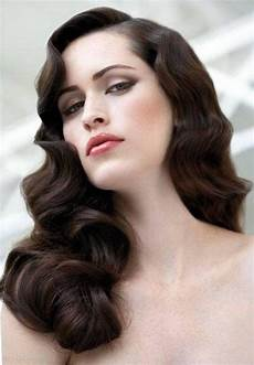 1920s long hair on pinterest 1950s fashion hairstyles 20 inspirations twenties long hairstyles