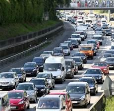 Stau Rekord Staus Auf Deutschlands Autobahnen Welt