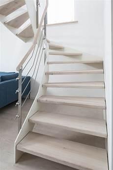 hpl treppe mit wei 223 er wange und relinggel 228 nder stufen und