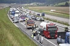 A8 Aktuelle Themen Nachrichten Bilder Stuttgarter