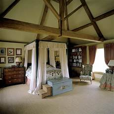 A Canopy Bed The Roof Interior Design Ideas Ofdesign