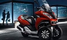 dreirad roller mit pkw führerschein peugeot metropolis 400 dreirad roller f 252 r autofahrer
