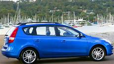 hyundai i30cw review car reviews carsguide