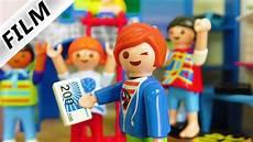Ausmalbilder Playmobil Familie Vogel Playmobil Julian Vermietet Zimmer Zieht Er
