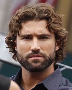 a brody jenner promotes season 8 of kuwtk brody jenner curly hair men handsome bearded men