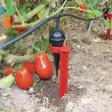 fabriquer un goutte a goutte avec un tuyau 45858 kit d arrosage 20 goutteurs jardin ducatillon