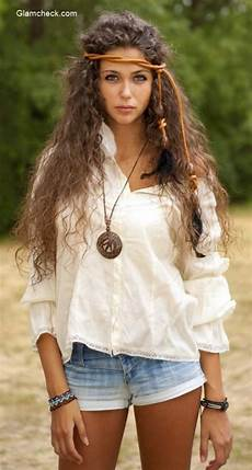 was ist boho white top with denim shorts get the boho chic style