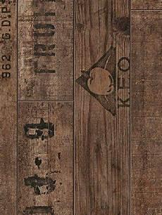 laminat mit schrift weinkisten laminat rustikal