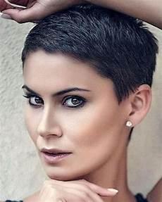 haarfarben für kurze haare die sch 246 nsten trendfrisuren haarfarben 2019 damen kurze haare