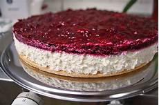 kuchen mit roter grütze fantakuchen mit roter gr 252 tze kastl chefkoch de