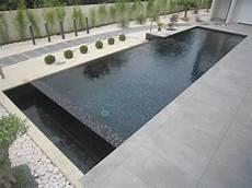 piscine coque grise mosa 239 que gris anthracite pour piscine piscines r 233 alisations