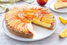dolci con crema pasticcera senza cottura torta senza cottura con crema e pesche ricetta veloce e freschissima