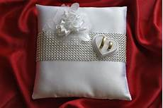 wedding ring cushion pillow decoration of roses and
